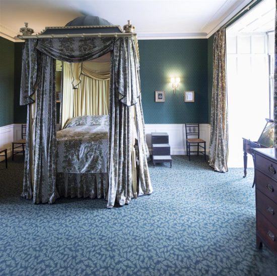 Byron's Bedchamber