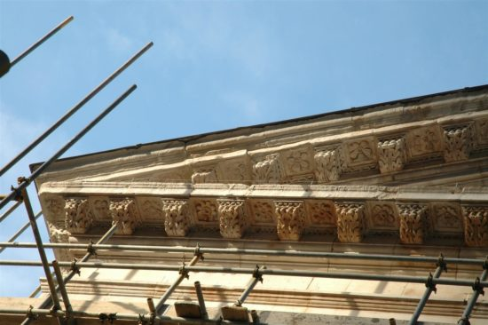 Detail of the dentil and cornice during restoration
