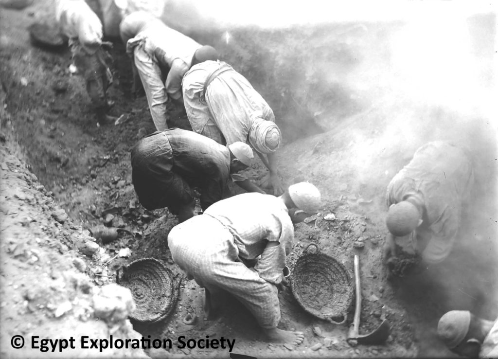 Oxyrhynchus excavation. Copyright Egypt Exploration Society