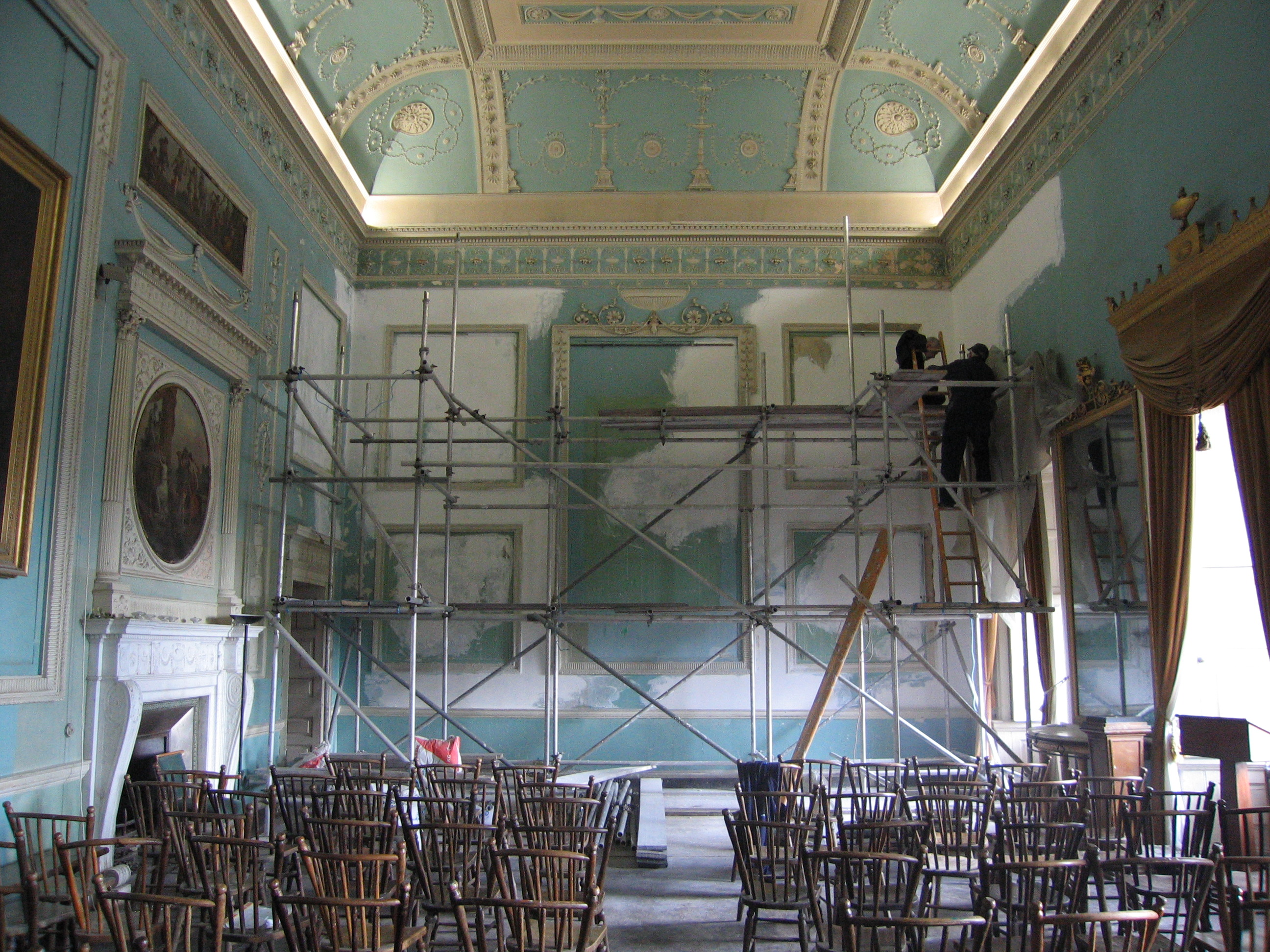 The pale blue colour of the Eating Parlour is very different to Adam's original dark green decoration